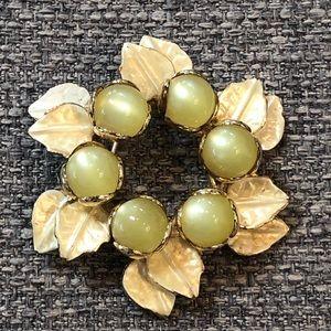 Jewelry - Vintage Enamel Flower Brooch
